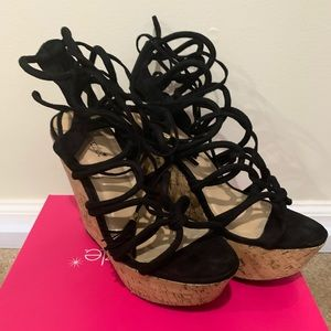 Black Shoe Dazzle
